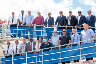 CAL's Boeing 737-8 fleet fly to Cayman Brac with government officials on board